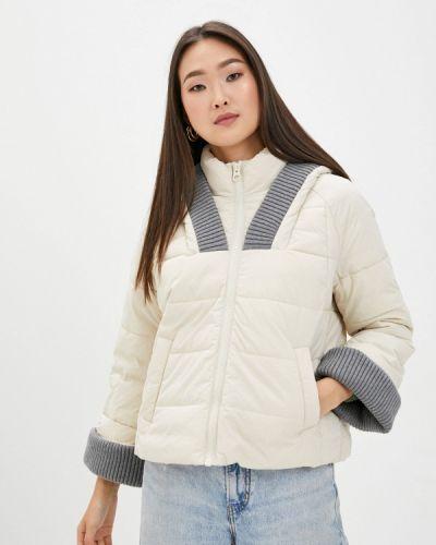 Бежевая утепленная куртка Sisley