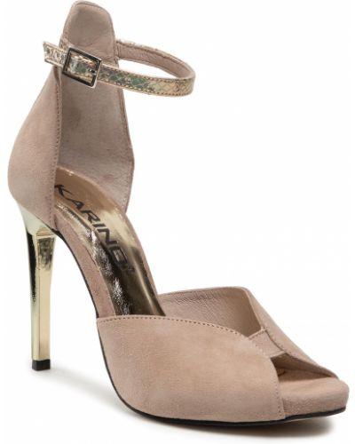 Beżowe sandały zamszowe Karino