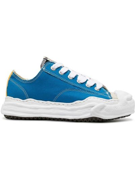 Синие кеды с нашивками на шнуровке на плоской подошве Maison Mihara Yasuhiro