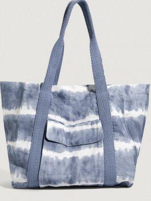 Голубая зимняя сумка Oysho