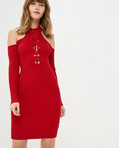 Платье с открытыми плечами осеннее Zeza