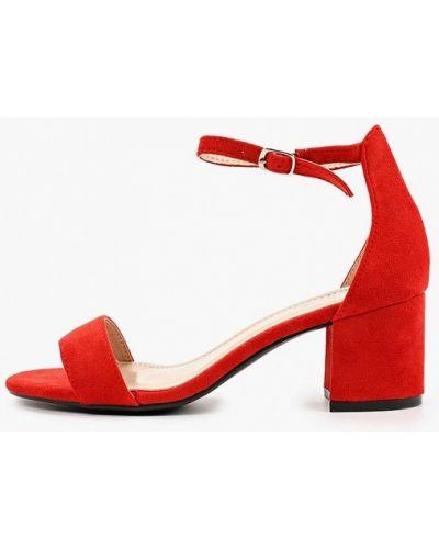 Красные босоножки Vera Blum