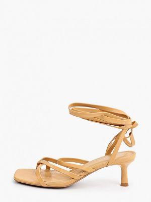 Бежевые кожаные босоножки Ideal Shoes®