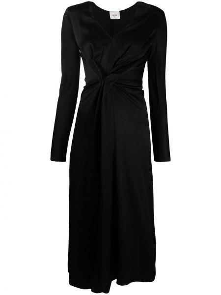 С рукавами черное платье из вискозы Alysi