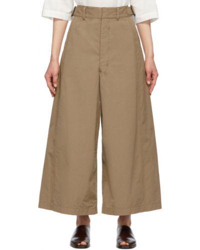 Beżowe spodnie bawełniane z paskiem Lemaire