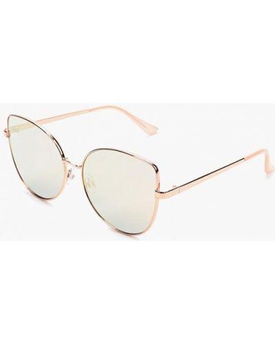 Солнцезащитные очки кошачий глаз Aldo