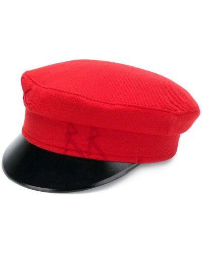 Красная шапка Ruslan Baginskiy