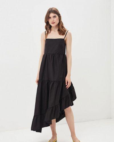 Черное платье с открытыми плечами Imperial