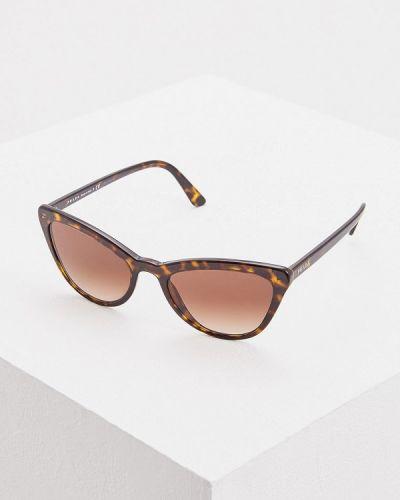 Солнцезащитные очки кошачий глаз коричневый Prada