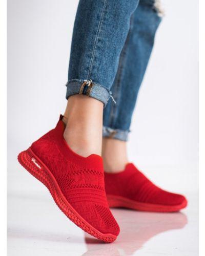 Czerwone sneakersy na platformie Mckeylor