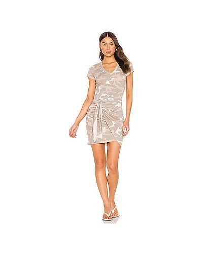 Городское текстильное коричневое платье с оборками Monrow