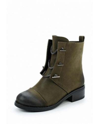 Ботинки на каблуке из нубука Vivian Royal