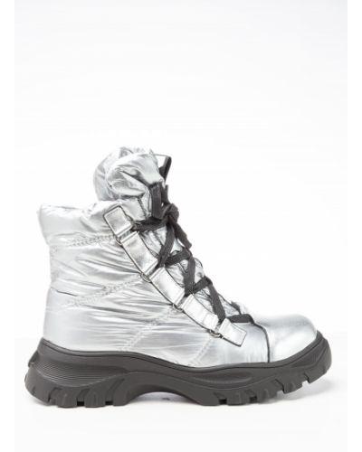 Текстильные серебряные ботинки Vensi