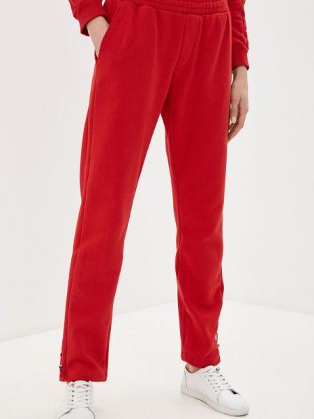 Спортивные брюки красный весенний Zasport
