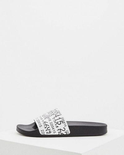 Белые сандалии кожаные Town
