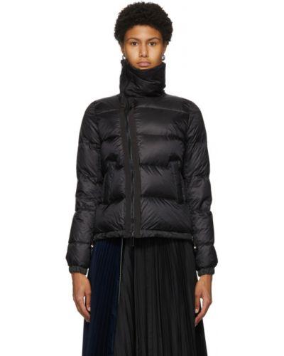Черная стеганая пуховая длинная куртка Sacai