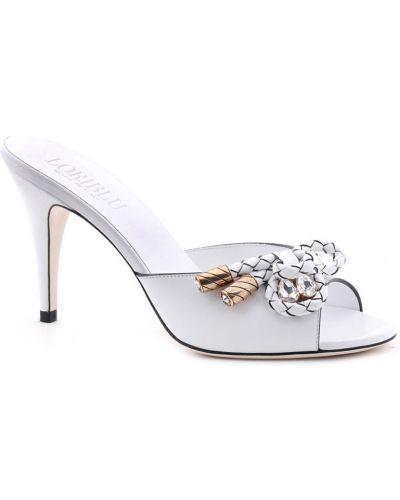 Белые шлепанцы на каблуке Loriblu