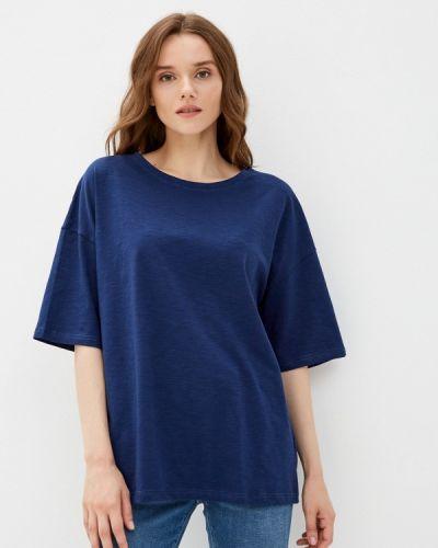 Синяя весенняя футболка D.s