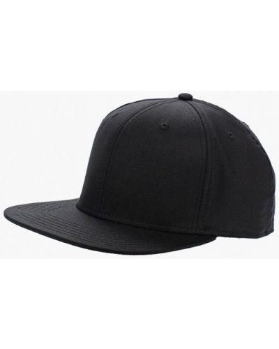 Черная бейсболка 2018 Maxval