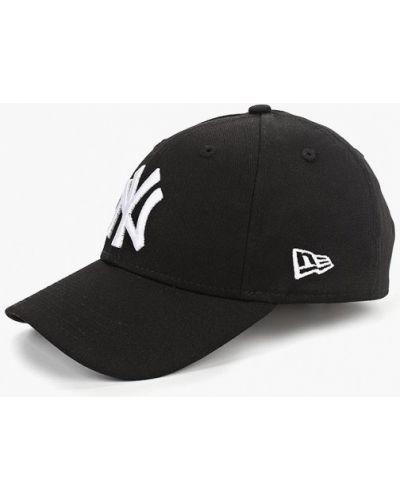 Черная бейсболка New Era