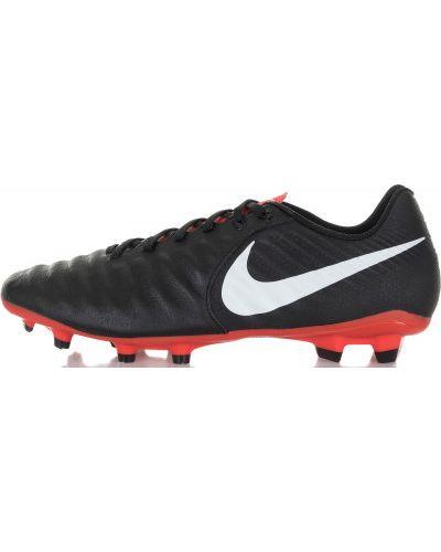 Бутсы кожаные футбольные Nike