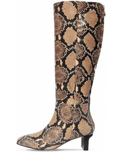 Коричневые сапоги на каблуке из натуральной кожи Aeydē