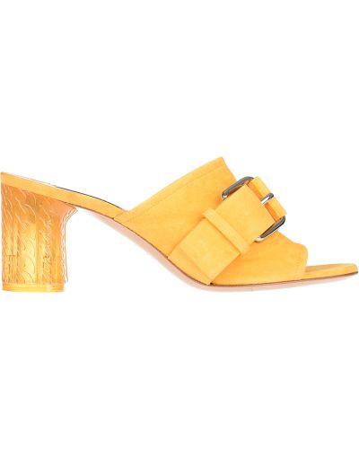 Мюли желтый замшевые Casadei