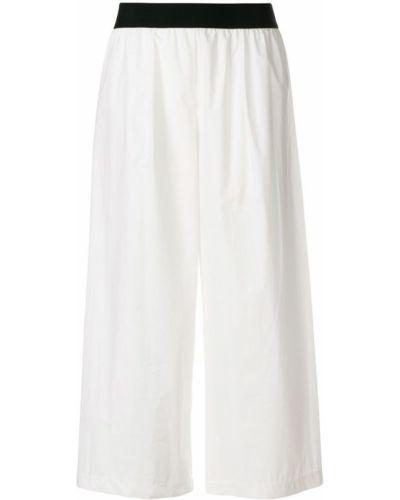 Укороченные брюки белые Maria Calderara