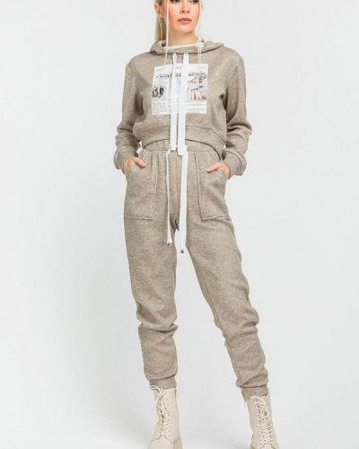 Костюмный бежевый спортивный костюм Clever Woman Studio