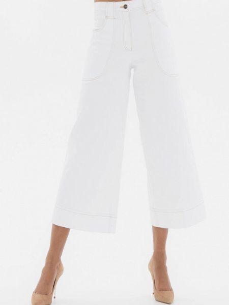 Расклешенные белые расклешенные джинсы Белка