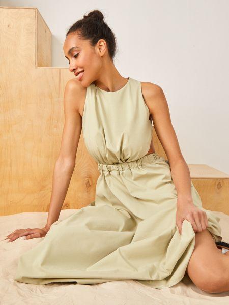Зеленое плиссированное платье 12storeez