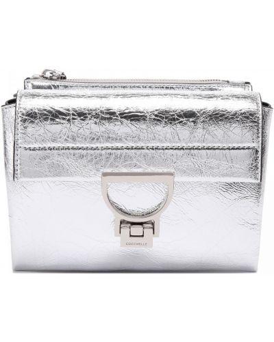 Серебряная кожаная сумка Coccinelle