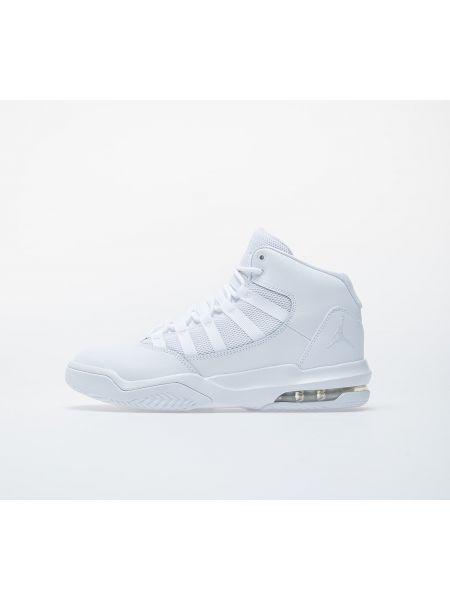 Białe półbuty Jordan