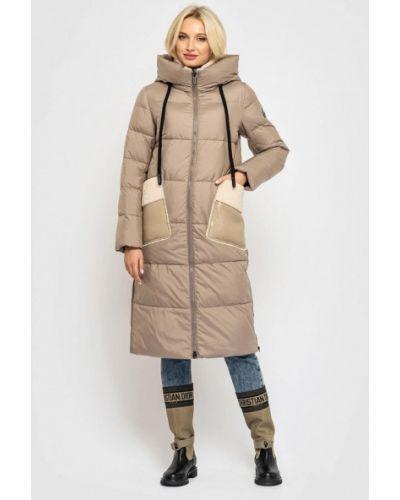 Бежевая теплая куртка Clasna