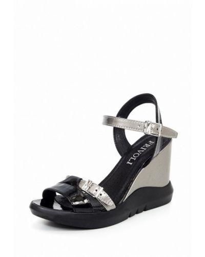 Босоножки на каблуке серебряного цвета Frivoli