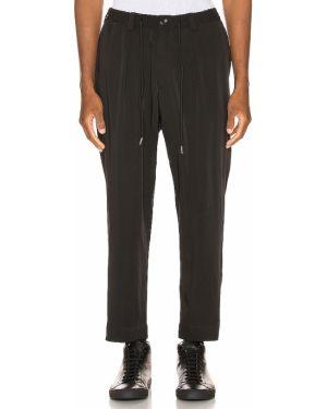 Klasyczne czarne spodnie klasyczne z paskiem Drifter