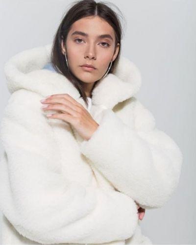 Шуба из овчины - белая Rozetka