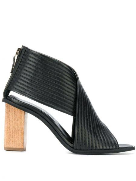 Открытые черные босоножки на каблуке на молнии Christian Wijnants