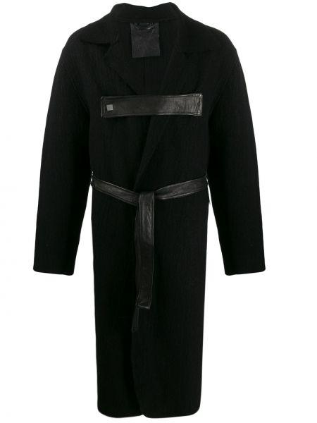 С рукавами кожаное черное длинное пальто с поясом 10sei0otto