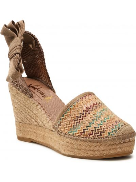Brązowe sandały casual Vidorreta