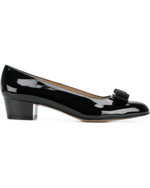Лодочки на каблуке - черные Salvatore Ferragamo
