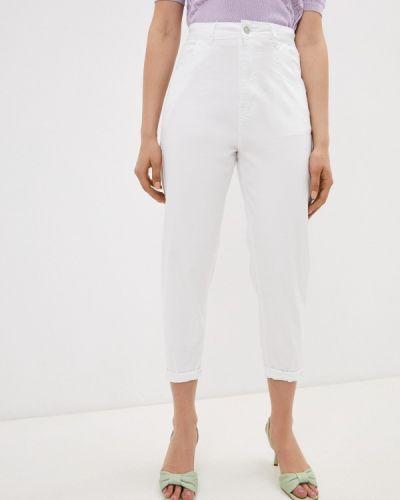 Белые джинсы G&g