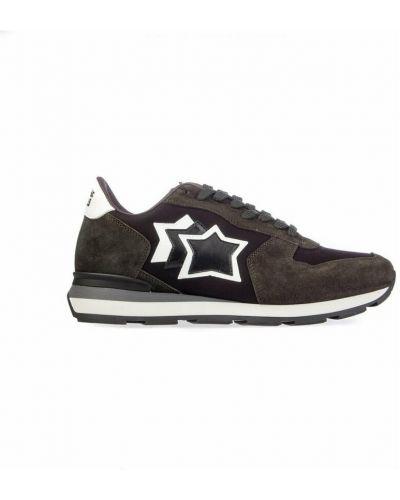 Czarne sneakersy Atlantic Stars