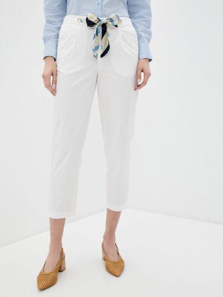 Белые брюки Sisley
