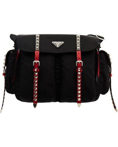 Кожаная черная сумка на плечо с заклепками Prada