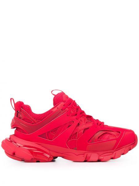 Красные кроссовки на шнуровке Balenciaga