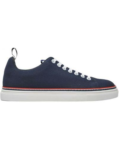 Niebieskie sneakersy Thom Browne
