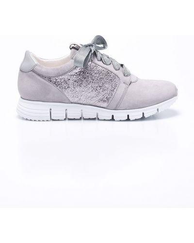Кроссовки серебряного цвета Gino Rossi