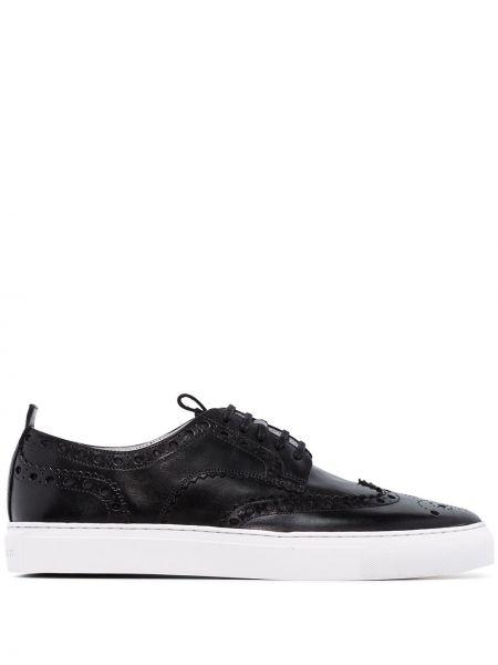 Черные кроссовки Grenson