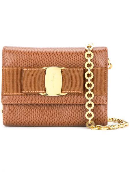 Кожаная золотистая коричневая кожаная сумка с карманами Salvatore Ferragamo Pre-owned